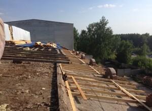 Ремонт крыши над залом